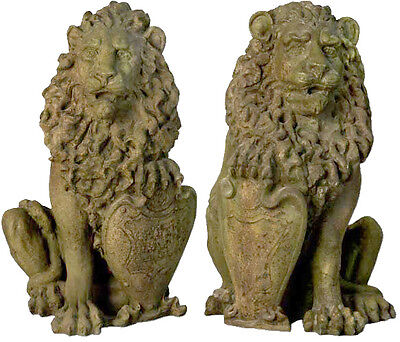 Set of two Richelieu Gate Lions Statue Sculpture for Home or Garden