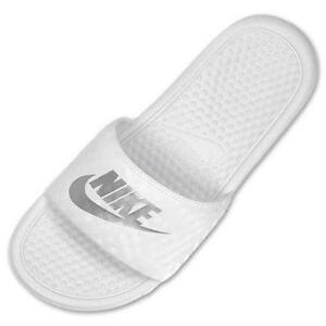 bb0988e3d8fa Buy black and white nike flip flops
