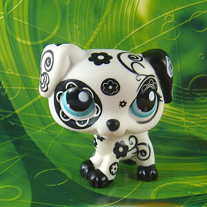 Littlest-Pet-Shop-1613-RARE-BLACK-WHITE-FLOWER-DALMATION-DOG-Toy-Loose-LPS71