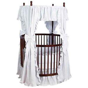 Angel-Line-Traditional-Round-Crib