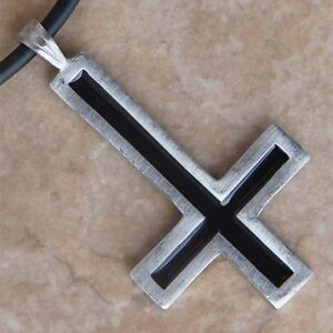 Red-Black-Upside-Down-Inverted-Cross-St-Peter-Silver-Pewter-Pendant-Charm-Amulet