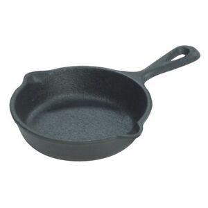 Lodge-LMS3-Pre-Seasoned-3-1-2-Mini-Cast-Iron-Skillet-Spoon-Rest