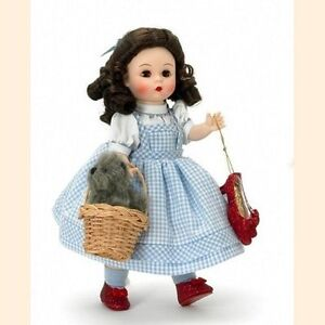 M.A.- WIZARD OF OZ - STORYLAND COLLECTION - DOROTHY WITH TOTO - 8