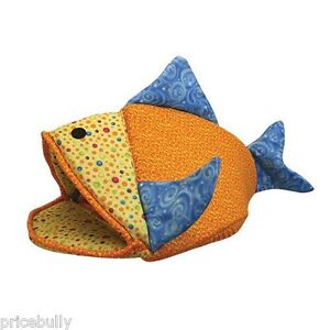 Funky-Fish-Cave-Cat-Kitten-Hideout-Kitty-Bed-by-Kookamunga-24x13x17-5