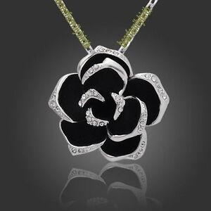 White-gold-GP-SWAROVSKI-Crystal-rose-necklace-118