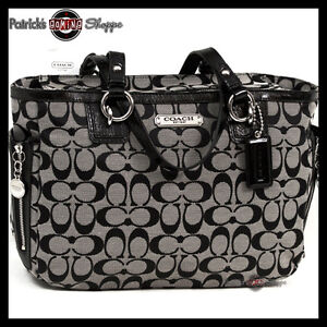 BNWT-COACH-SIGNATURE-GALLERY-EAST-WEST-ZIP-TOTE-19249-BLACK-WHITE-PURSE-BAG-NEW