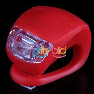 Silicone-Bici-Bicicletta-Ruota-Posteriore-LED-Flash-Lume-Rosso-EB