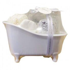 5pc Ladies Fresh Jasmine Gift Set - Brand ~New - Kilmarnock Area