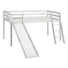 Kids bunk bed (Bilbarin Single Mid Sleeper Bed)