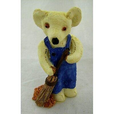Brush Up Teddy Bear Figurine, Colour Box Miniatures, Collectables, Women TC048