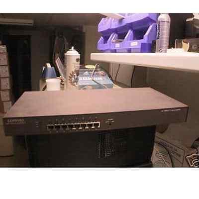 Compaq Netelligent 1108 8-Port 100Base-TX Unmanaged Hub