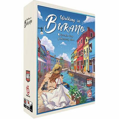 Walking in Burano (Inglés)