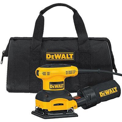 DEWALT 1/4 Sheet Palm Grip Sander Kit D26441K New