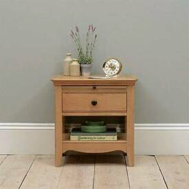 Brand New Cotswold Company Furniture Amelia Oak Bedside table with drawer