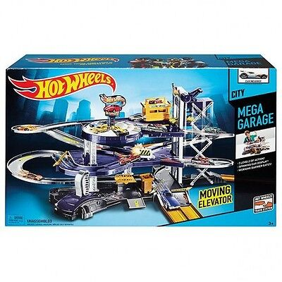 Hot Wheels Mega Garage Playset - Mattel V3260, NEW