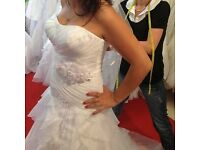 Cosmobella Milano Wedding Dress (White)