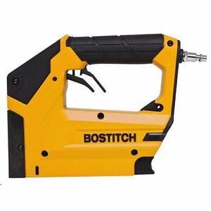 Bostitch BTFP71875 Heavy-Duty 3/8 in. Crown Stapler/ nailer neufffffff