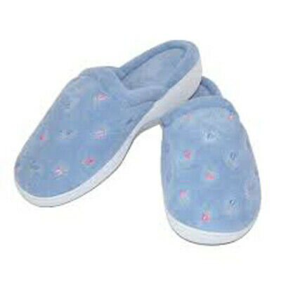 ISOTONER Women's Terry Embroidered Scalloped Clog, Periwinkle, 8.5-9 M
