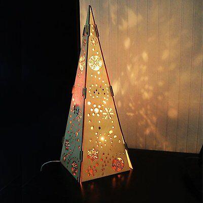 sehr schöne beleuchtete Pyramide, Holz, 40cm, neu