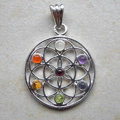 """Chakra - Anhänger """"Blume des Lebens"""" mit Steinen für die 7 Chakren"""