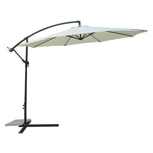 So genießen Sie mit einem Ampelschirm Komfort und maximale Flexibilität auf der Terrasse