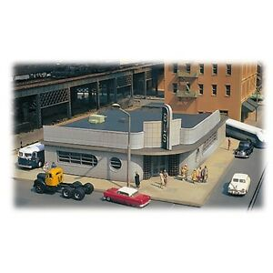 Bachmann-88005-HO-Scale-Spectrum-Cityscenes-Bus-Station-Building-Kit-New