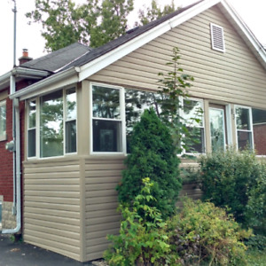 SUMMER SUBLET ACROSS ROAD FROM MOHAWK COLLEGE