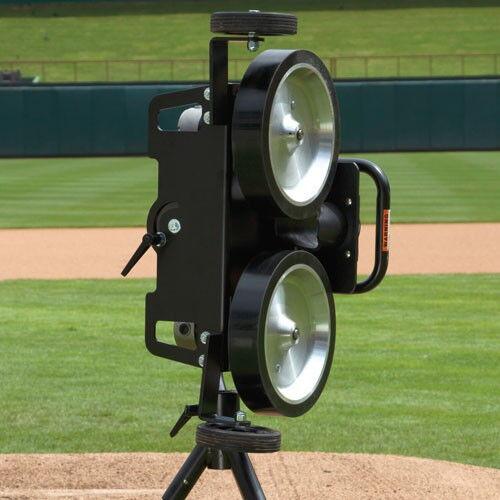 Bulldog 2 Wheel Curveball  Baseball Pitching Machine