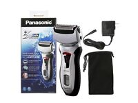 Boxed & sealed Panasonic Wet/Dry 3-Blade Shaver with Pivoting Shaver Head and Travel Pouch