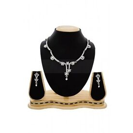 AUSTRALIAN DIAMOND SILVER NECKLACE SET