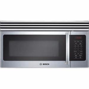 New Bosch Microwave / Micro-ondes neuf Bosch
