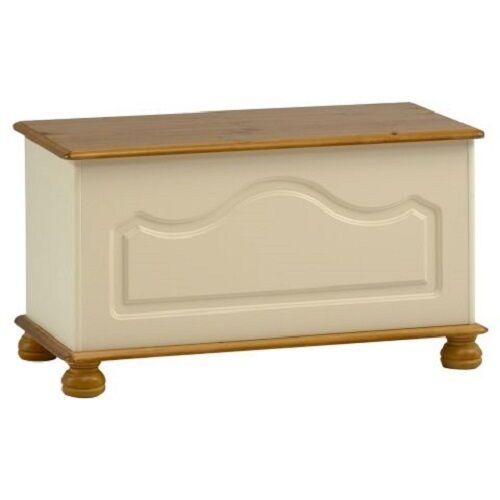 Richmond Cream and Pine Bedroom Furniture Wardrobes& Chest of Drawers