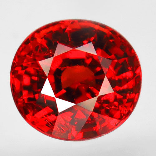 3.86ct.Very Beautiful! 100%Natural Hot Orange Mandarin Spessartite Garnet AAA!