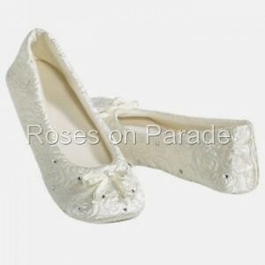 ISOTONER-LG-IVORY-SATIN-QUILTED-WEDDING-FORMAL-BALLET-SLIPPERS-RHINESTONES-NIB