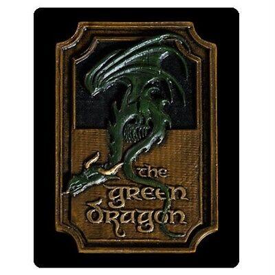 The HOBBIT LOTR Official The GREEN DRAGON Hobbiton PUB Sign Magnet WETA