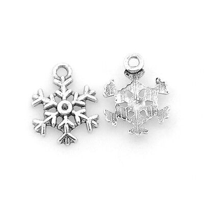 Packet of 20 x Antique Silver Tibetan 13mm Charms Pendants (Snowflake) ZX07280