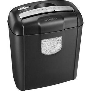Cross-Cut Shredder for paper and cards (Insignia NS-PS06CC)