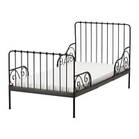 Toddler/twin bed