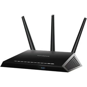 NETGEAR Nighthawk Wireless AC1900 Dual-Band Router (R7000)