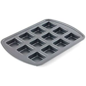 New in Package Pampered Chef Brownie Pan