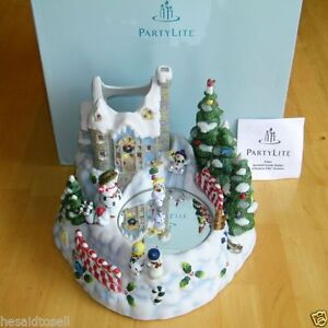 PARTYLITE SNOWBELL Ice Skating Candle Holder Music Box