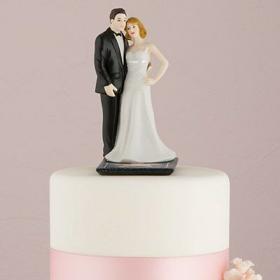 Hollywood Themed Wedding (Bride and Groom Wedding Cake Topper with a Hollywood)