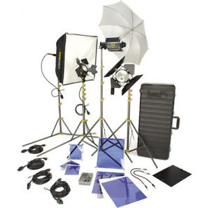 Video Lighting: Lowel DV Creator 55 Kit with rolling TO-83 Case