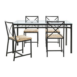 4 seat dining room set - one downside, click to find out more!
