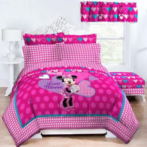 Minnie Mouse Full Comforter
