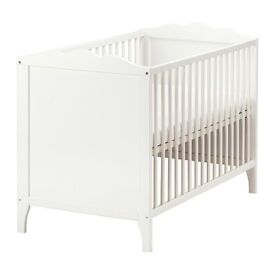 Baby cot + matrress