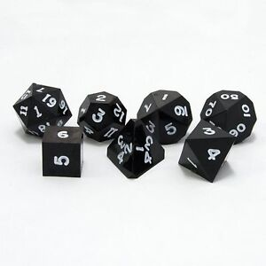 GAMESCIENCE  PRECISION DICE SET BLACK W/WHITE DND RPG