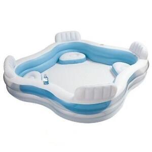 Piscina gonfiabile con 4 sedute e portabevande spa intex for Sedute per piscine