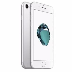 Apple iPhone 7 32gb Silver/Matte Black Unlocked in mint Condition!