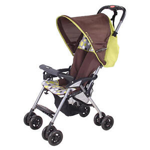 Lightweight and Portable Tri-Fold Combi Flare Stroller